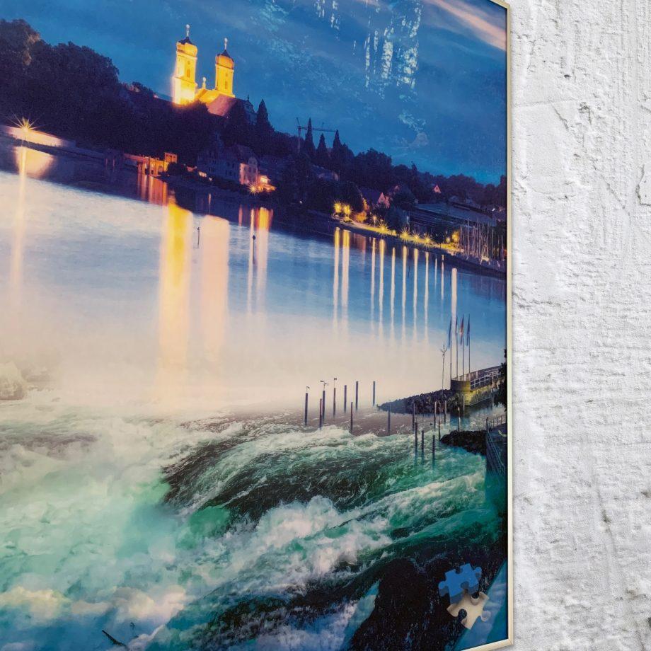 Auswahl. Die schön verarbeiteten Design Moods sind der Hingucker schlechthin. Durch die qualitativ hochwertige Verarbeitung hängt ein edles Einzelstück an der Wand. Umsetzbar auch als Schallschutz-Bild mit diversen Rahmen.
